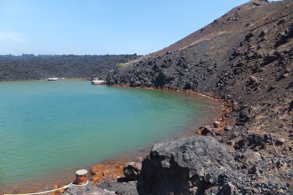 Santorini Volcano (2)